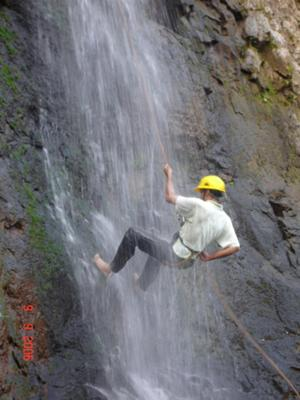 OBL-Rappling in the falls